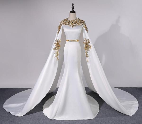 Vestidos de noche de lujo con imagen real con oro satinado en el cabo 3D con apliques Vestidos de baile formales Longitud del piso Arabia Saudita Sirena Vestidos de fiesta personalizados