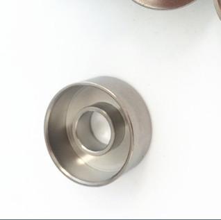 Plato de titanio 1pc