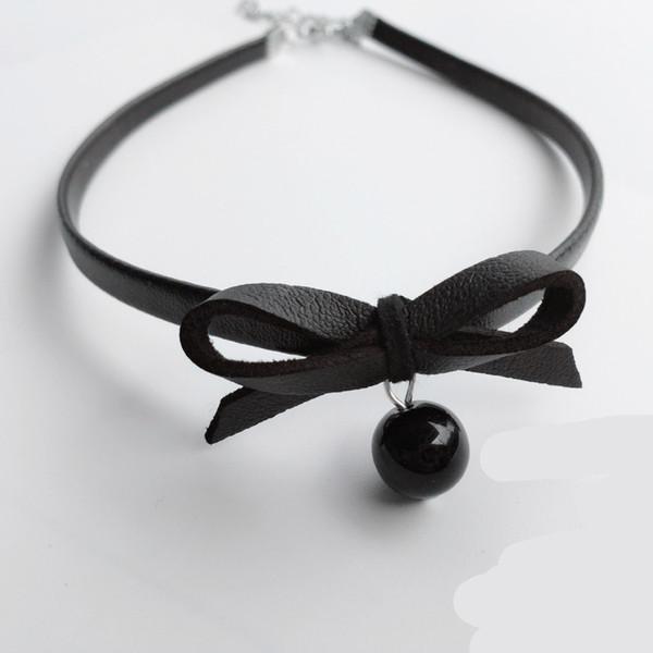New Black PU Leder Halsband Halskette Frauen Fashion Simulierte Perle Schmuck Bow Aussage Halskette