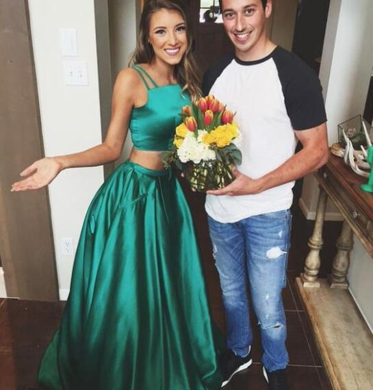 Emerald Green Long Prom Dresses 2 Pieces Satin A Line Spaghetti Floor Length Prom Dress Formal Women Special Occasion Evening Party Wears