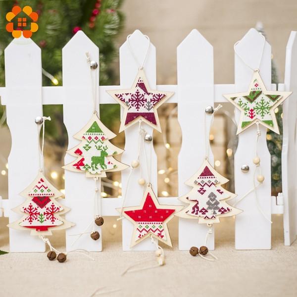 3 STÜCKE DIY Frohe Weihnachtsbaum / Sternform Holz Anhänger Ornament Holz Handwerk Für Weihnachtsbaum Weihnachtsfeier Hängende Dekoration Y18102609
