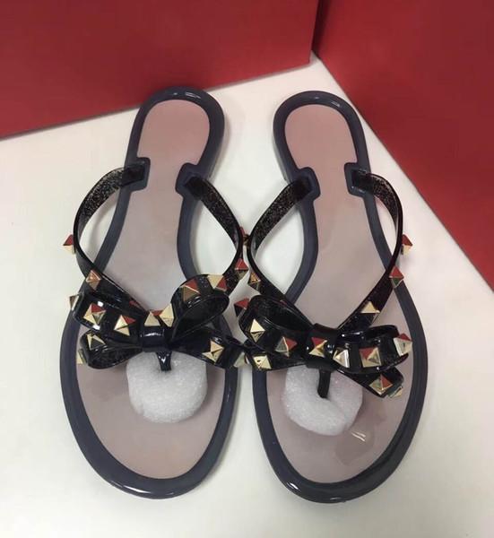2018 HOT Nouveau Designer De Luxe Designer Femmes Mode Perle Sandales Femmes Pantoufles Sandales D'été Casual Pantoufles Flip Flop avec Box35-41