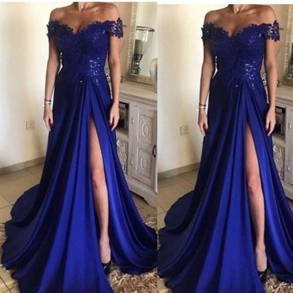 867b53edb97f Compre Elegantes Vestidos De Fiesta Largos Azul Real 2019 Con Encaje Fuera  Del Hombro Manga Casquillo Dividido Hasta El Suelo Vestidos De Noche De ...