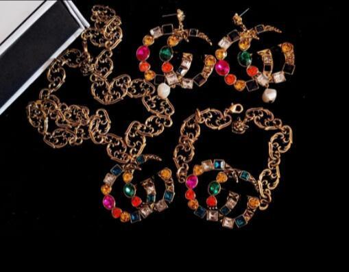 Famosa marca designer retro broche de cristal brincos retro luxo colar pulseira marca multicolor strass terno crachá agulha jóias acc