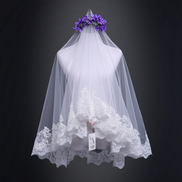 Hot Sales Champagne White Weddding Veils One Layer Tulle Lace Appliqued Hem One and A Half Metres Long Wedding Accessories