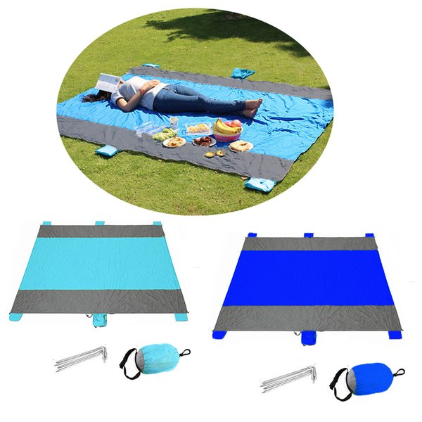 2017 new Nylon waterproof Portable beach mats Outdoor Camping picnic blanket Mat Fight color Blanket with Pocket
