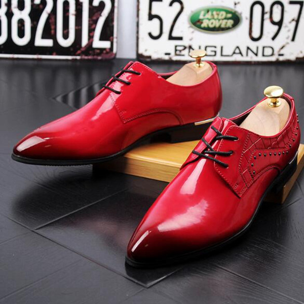 HOT new Sleek leather shoes for men business casual shoes.Black/white/gold/red wedding shoes Oxford shoes. free shipping