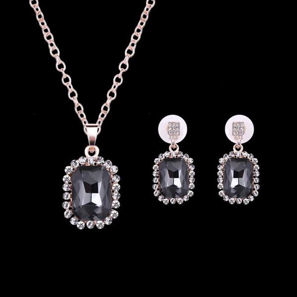 Свадебные серьги ожерелье 2 шт Свадебный комплект ювелирных изделий Luxury High Grade женщин способа Rhinestone 18K позолоченный площади партии ювелирных изделий