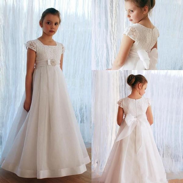 Lovely White Lace Appliques Flower Girl Abiti da sera per bambini Abiti da sposa a maniche corte pavimento lungo con prua abiti da prima comunione
