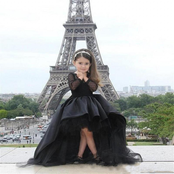 Süße Blumen-Mädchen-Kleider für Hochzeiten Juwel-Hals-Prinzessin Black Lace Satin-hohe niedrige kleine Mädchen-Festzug-Kleider mit Bogen-freiem Verschiffen
