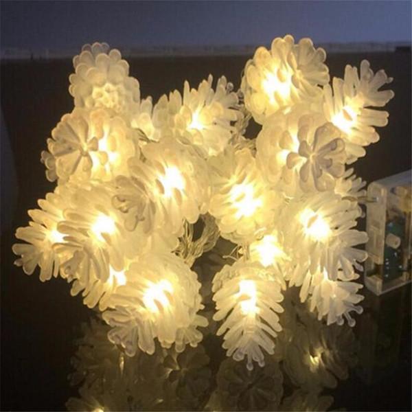 Weihnachtsbeleuchtung Tannenzapfen.Großhandel 5 Mt 28 Leds Bunte Modellierung Led String Tannenzapfen Blinkende Weihnachtsbeleuchtung Girlanden Für Urlaub Party Hochzeitsdekoration
