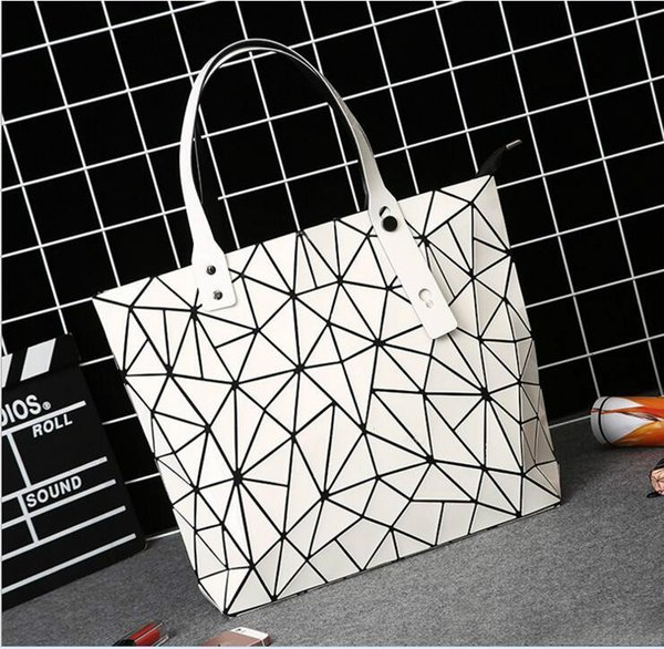 Summer pu brand female female big bag of Japanese and south Korean edition 2017 new hand - style handbag