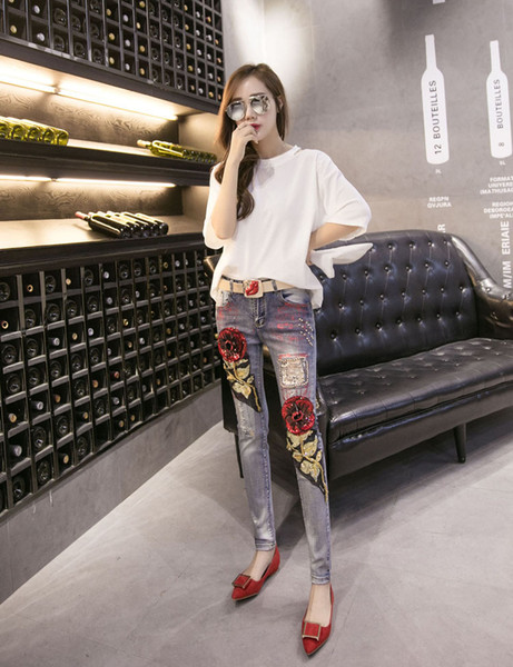 Spring Women Denim Pants Women Ripped Vintage Rose Sequined Style Skinny Jeans Female Casual Jeans Distressed Stretch Jeans Size 26-31