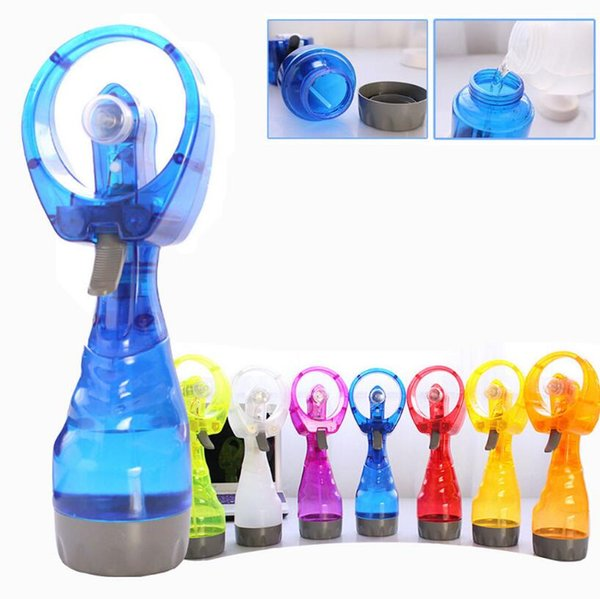 Summer Portable Mini Hand Battery Power Mist Fan 10 Colors Air Water Bottle Cooling Handheld Spray Fans Outdoor Gadgets 48pcs OOA4982