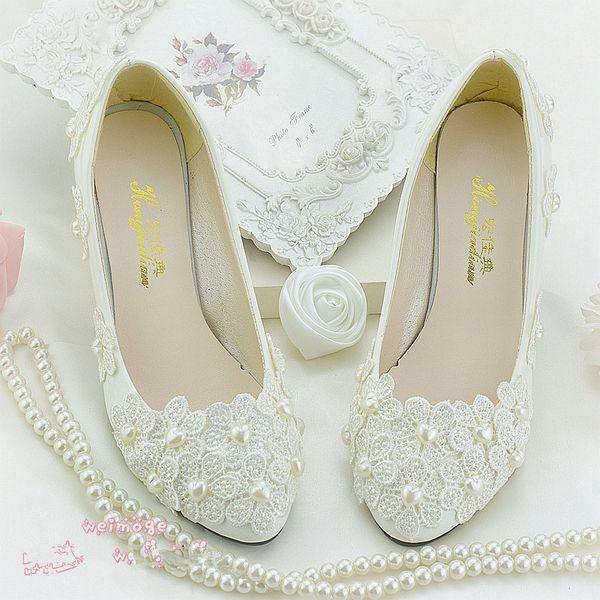 Zapatos de tacón de mujer con cuentas de flores blancas punta redonda deslizamiento en tacones de 4.5 cm zapatos de novia mujer primavera de tacón de boda 2018