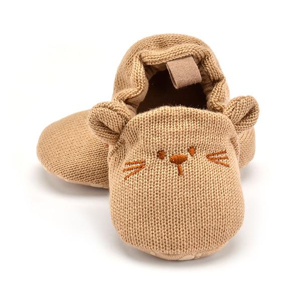 Adorable pantoufles bébé Toddler bébé garçon fille chaussures de berceau en tricot mignon de bande dessinée anti-slip pantoufles de bébé