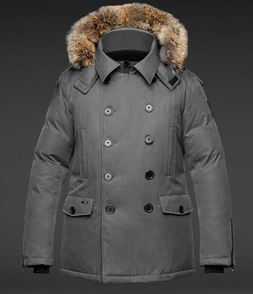 Wholesale Men Winter Jackets Coats Warm Down Parkas Outdoor Hooded Coats Mens Thick Solid Fur White Goose Downs Parkas Famous Brand 4 Colors