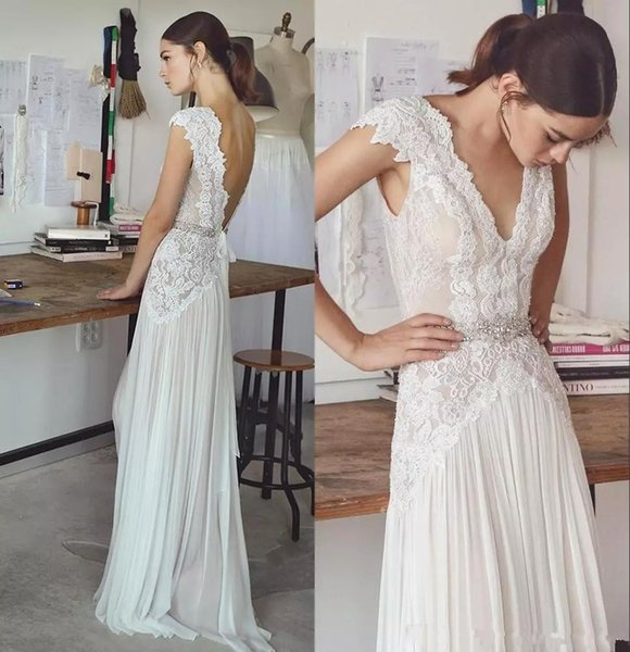 New Lihi Hod Boho Wedding Dresses Bohemian Bridal Gowns with Cap Sleeves and V Neck Pleated Skirt Elegant Backless Bridal Gowns Low Back