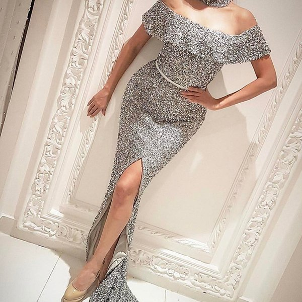 Off the Shoulder Sequined Evening Dresses Front Split Sexy Mermaid Prom Dresses Silver Color Formal Party Wear