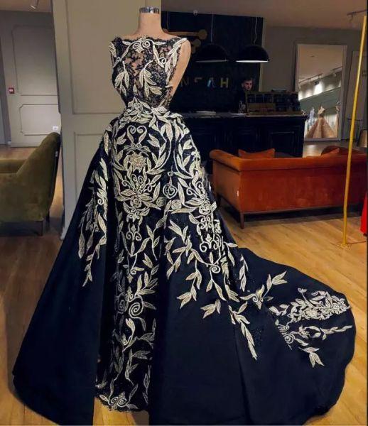 Robe de soirée Yousef aljasmi robe longue robe de bal noir bijou sans manches en taffetas applique avec Traiy kylie Jenner Zuhair murad