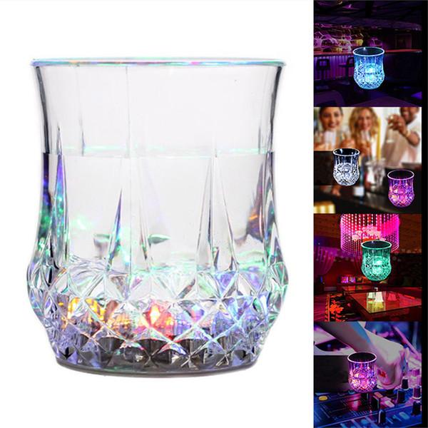 Detecção de Água LEVOU Luminosa copo de abacaxi Copos de Vidro Colorido flash para Bares Discotecas festas de lazer namoro presentes DHL Frete Grátis
