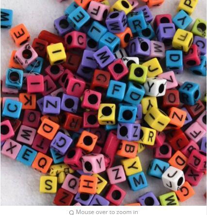 200pcs / lot 혼합 큰 구멍 3mm 형광 캔디 컬러 알파벳 문자 큐브 비즈 Loom 밴드 비드 F597
