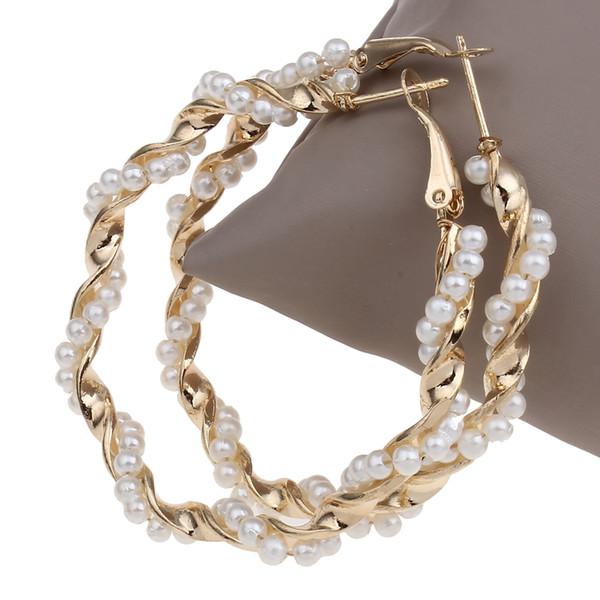 ganzverkaufYYW Fashion Punk Frauen Mädchen Hochzeit Schmuck Gold-Farbe Große Blume Loop Hoop Ohrring Nachahmung Perle Perlen Hochzeit Creolen