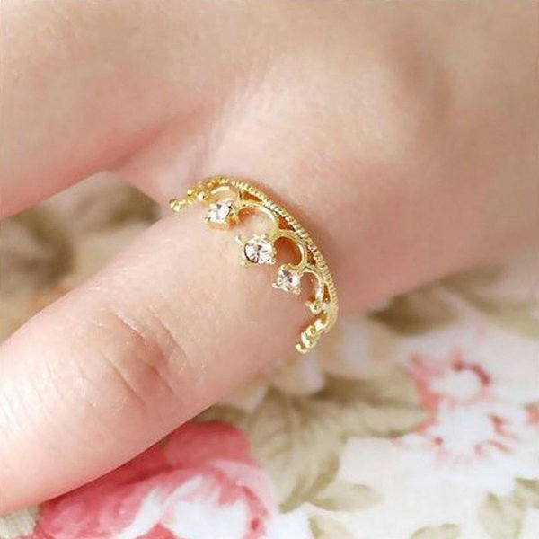 Wholesale- New Fashion Hot Crown Ring Jewelry Sparkling Elegant Choke Mouth Small Pepper With The Section Of Small Lori Flash Crystal Ring