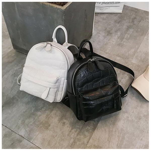 257a97b77119 2018 новых женщин кожаные рюкзаки высокого качества школьные сумки для  девочек-подростков мода Colleage студентов