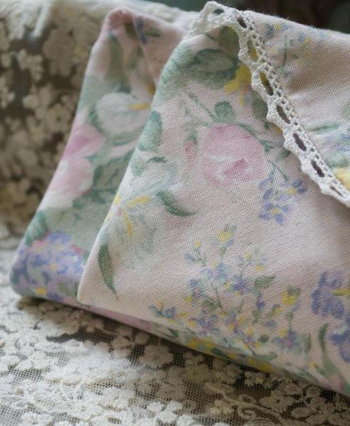 Pure cotton double-layer cotton yarn fresh pastoral handmade lady cotton broken flower wavy handkerchief handkerchief quality handkerchief