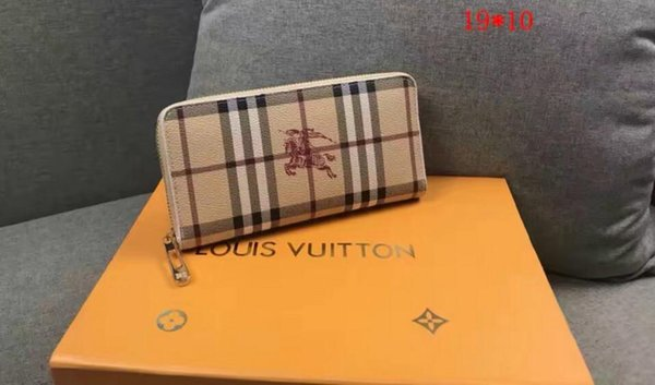 18 ladies classic plaid horse long wallet full zipper fashion wallet multicolor free post