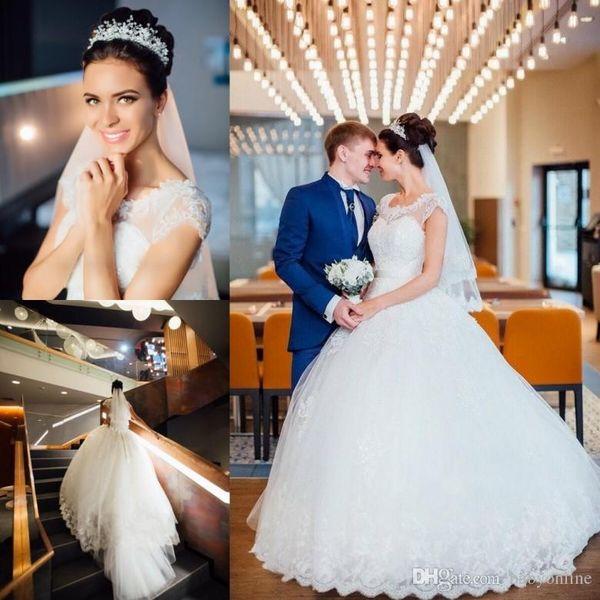 Vestidos New Modern Árabe Árabe Dubai Vestido de Baile Vestidos de Casamento Apliques Sheer Cap Mangas Long Train Vestidos de Noiva Barato BA9041