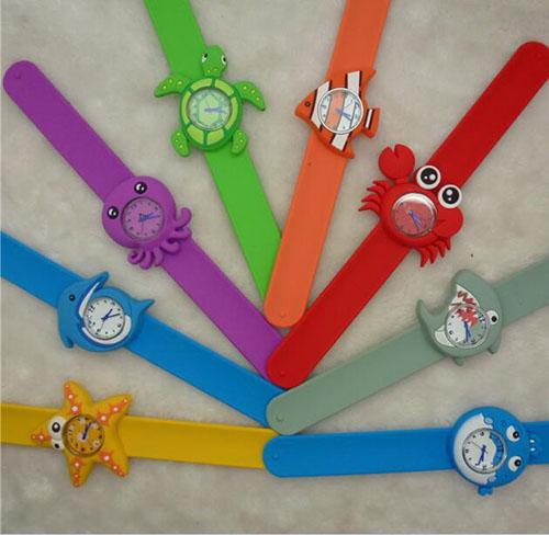 Factory direct selling Silicone children's cartoon watch sea world snap slap watch quartz wristwatch christmas halloween party's gift