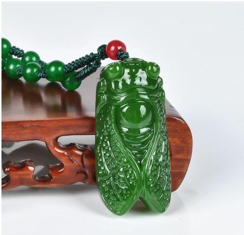 100/% Natural Nephrite Green Jade Cicada pendant //necklace