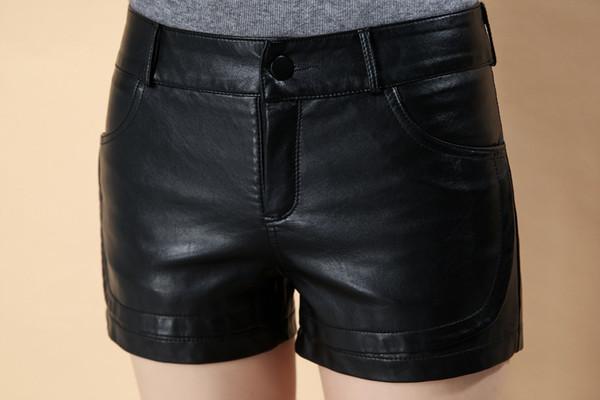 2018 heiße Verkäufe neue Herbst Winter Frauen Kunstleder Shorts PU Leder feste schwarze Farbe weibliche Streetwear Shorts Frauen Mode