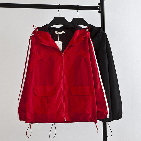 Spring Fashion Women Windbreaker Abrigos básicos Black Red Bomber Chaqueta bolsillo con cremallera con capucha outwear Mujer más talla XL-4XL 17-49F