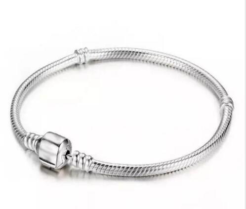 Noel Hediyesi 925 Ayar Gümüş Bilezikler 3mm Yılan Zincir Fit Pan do ra Erkekler Kadınlar Için Charm Boncuk Bileklik Bilezik Takı Hediye