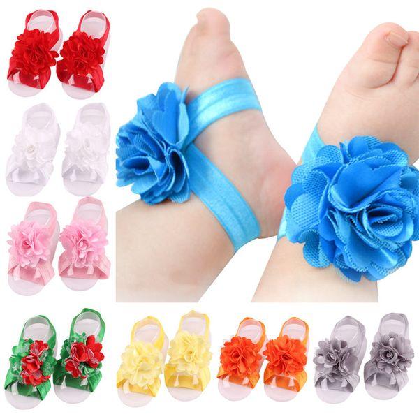 Toddler bebek sandalet şifon çiçek ayakkabı kapağı yalınayak ayak çiçek bağları bebek çocuk kız çocuklar ilk yürüteç ayakkabı Fotoğraf sahne