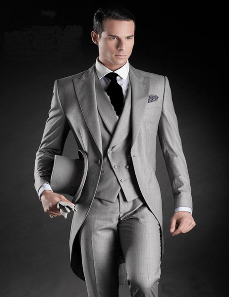 Fashion Style Light Grey Tailcoat Men Wedding Tuxedos Excellent Groom Tuxedos Men Dinner Prom Ceremonial Dress(Jacket+Pants+Tie+Vest) 792