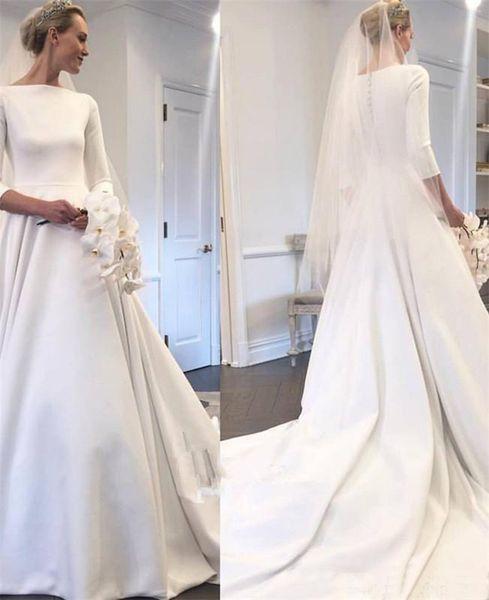 2019 Abiti da sposa in raso modesto Meghan Markle Style Bateau collo maniche lunghe bottoni ricoperti Back Garden Abito da sposa