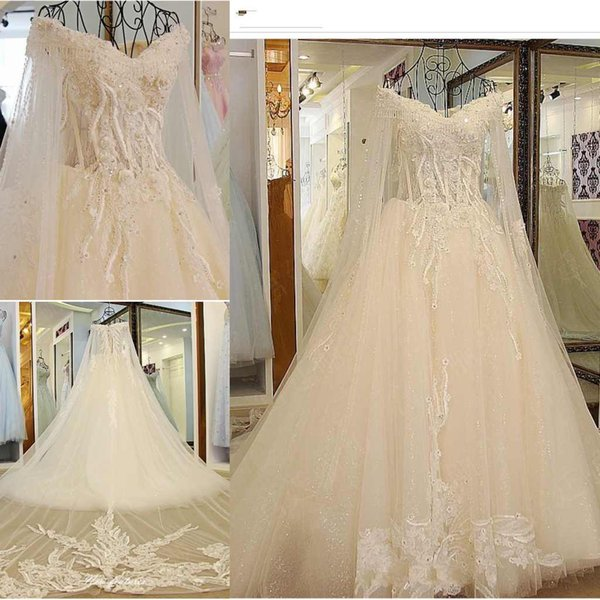 Graceful Lace Wedding Dresses A-Line V-Neck Lace Appliques Sexy Back Tiered Skirts Fashion Bridal Dresses Luxurious Wedding Gowns