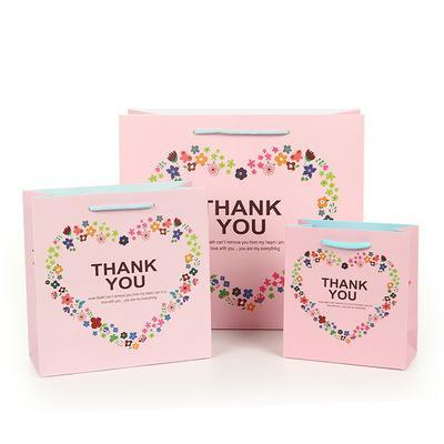 Nette vorzügliche High-End-Geschenk-tragbare Papiertüte, die tragbare Einkaufstasche-kundenspezifische Feiertags-Hochzeits-Geburtstags-Geschenktasche verpackt