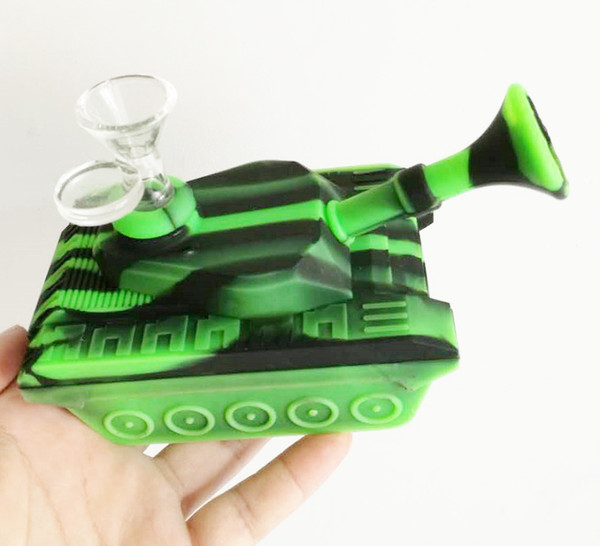 Creative Design Mini Tanks Style silicone Smoking Pipes With Glass Bowl Unbreakable Water Pipe Bong for Wax Oil Dry Herb free shipping