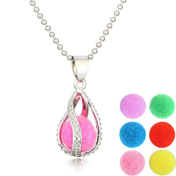 best selling Locket Pendant Necklace Censer Aromatherapy Essential Oil Diffuser Necklace Locket Pendant Necklaces Locket Send chain and Oils Pads