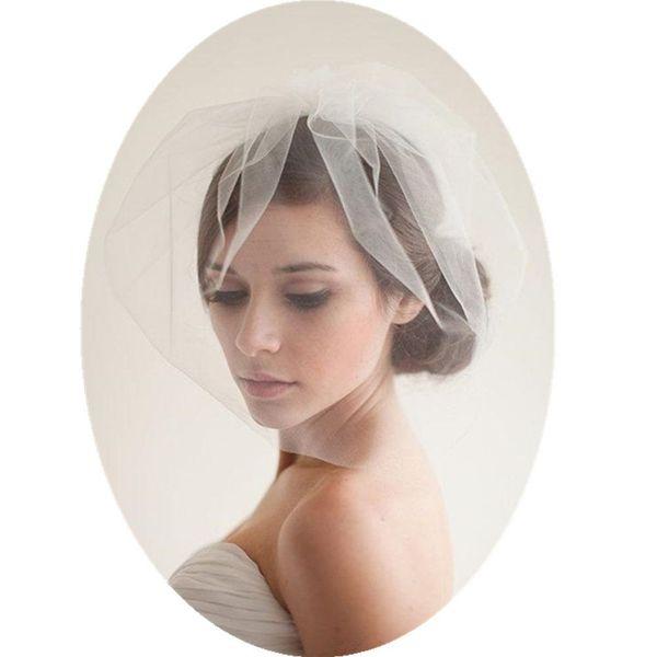 Blusher Veils Curto Véu De Noiva Em Estoque Romântico Headpiece Véu de Noiva Simples Artesanal Noble Tulle Curto Rosto Véu Headwear com Pente