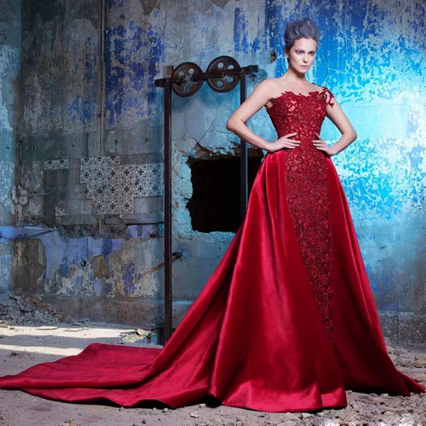 Unique Red Sheath Evening Dresses Sheer Neck Short Sleeve Full Lace Celebrity Gown Detachable Train Formal Evening Wear