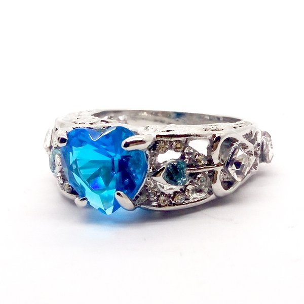 Romantic Jewelry Ocean Blue Heart Rings Love Heart Cubic Zirconia CZ Wedding Rings Silver For Women