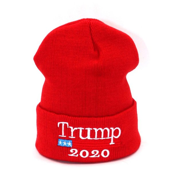 2020 Donald Trump Gorros Rojos Sombrero Skullies Re Elección Keep America  Great Bordado Bandera de EE eff244cf21a