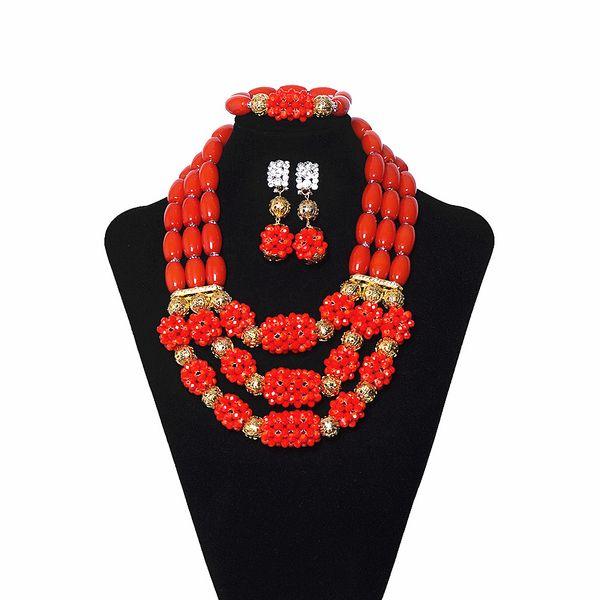 New Style Red Ball Multicolore Perle di corallo Nigeriano Bridal Jewelry Collana di cristallo Bracciale di orecchini da sposa Set di gioielli africani per le donne