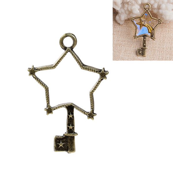 Pendenti in lega di zinco fatti a mano in lega di pendenti Gioielli Bronzo antico stella chiave Pianeta metallo pendente per creazione di gioielli